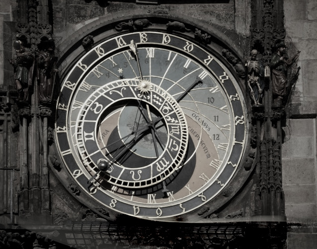 Reloj astronómico de Praga  (Esta foto fue tomada en 2012 en la ciudad de Praga)